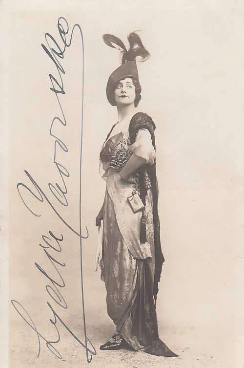 Yavorskaya Autograph