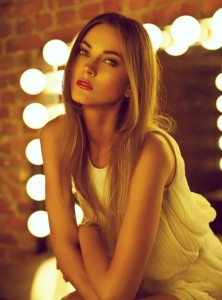Ksenia Stom