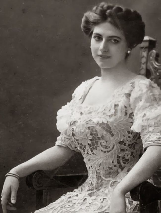 Mata Hari and her Russian love