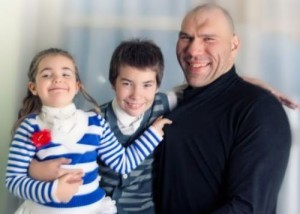 Valuev with children