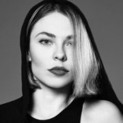 Nina Kraviz – beautiful DJ