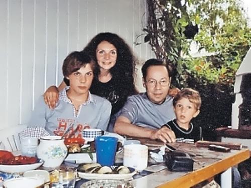 kio family