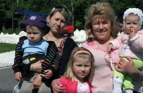 Anfisa Reztsova her daughters and grandson