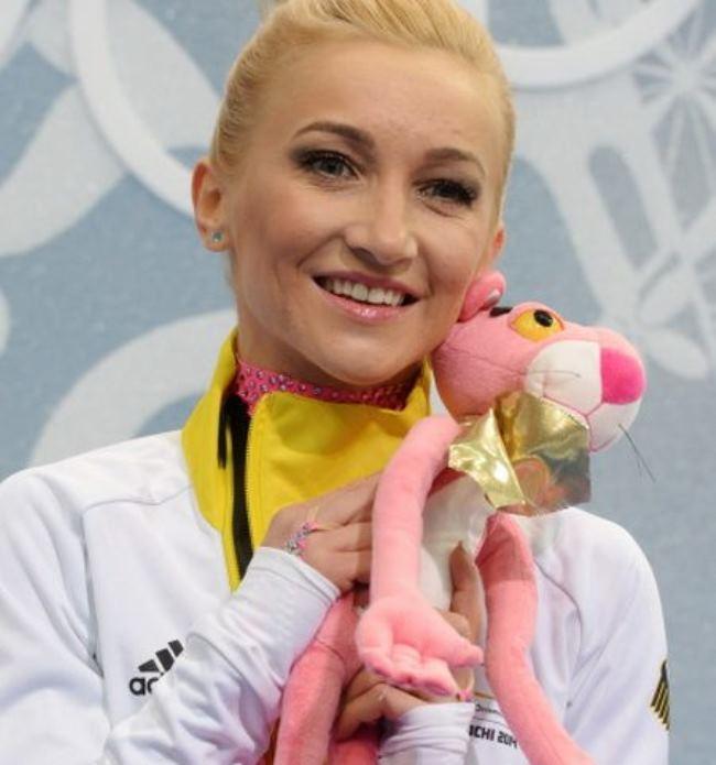 Alena Savchenko – German skater from USSR