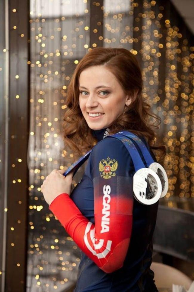 Silver Vilukhina – Biathlon Olympic Medal Winner