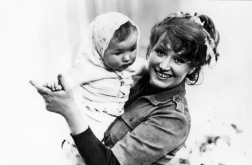 Pugacheva and her daughter