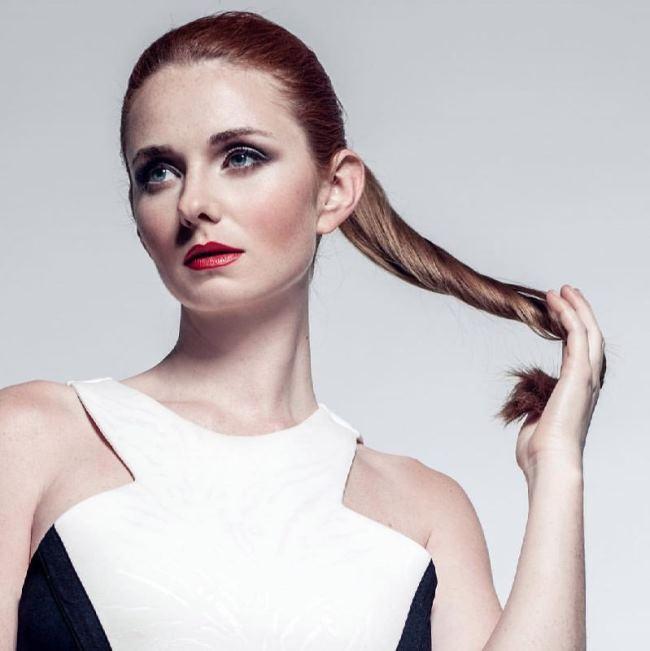 Lena Katina – bright singer