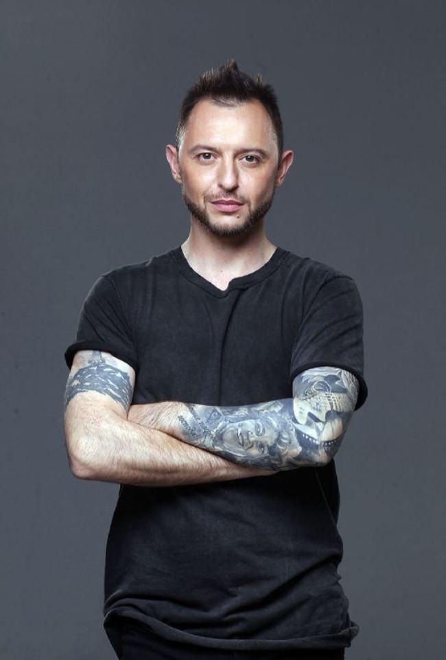 Roma Zver – Russian singer