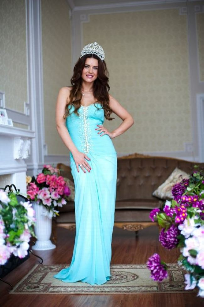 Julia Ionina – Mrs Queen Beauty World 2014