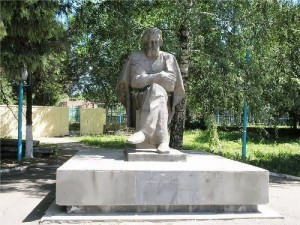 Monument to Pavel Yablochkov in Serdobsk, Penza region