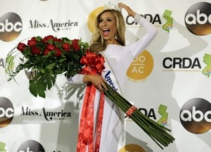 The title of Miss America 2015 won the daughter of immigrants from Russia - 23-year-old Kira Kazantsev