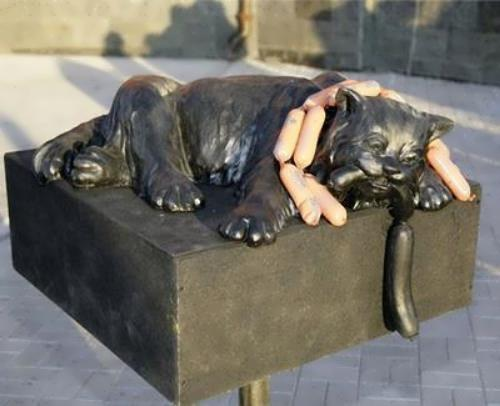 Monument to the cat with sausages. Kemerovo region, Kuzbass