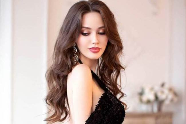 Anastasia Kostenko – Russian Beauty