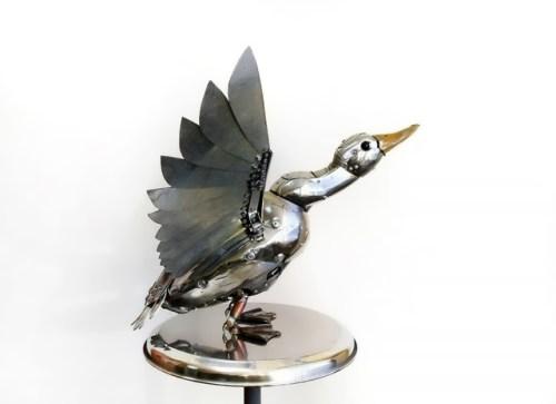 Krasnoyarsk artist creates stunning sculptures of different animals