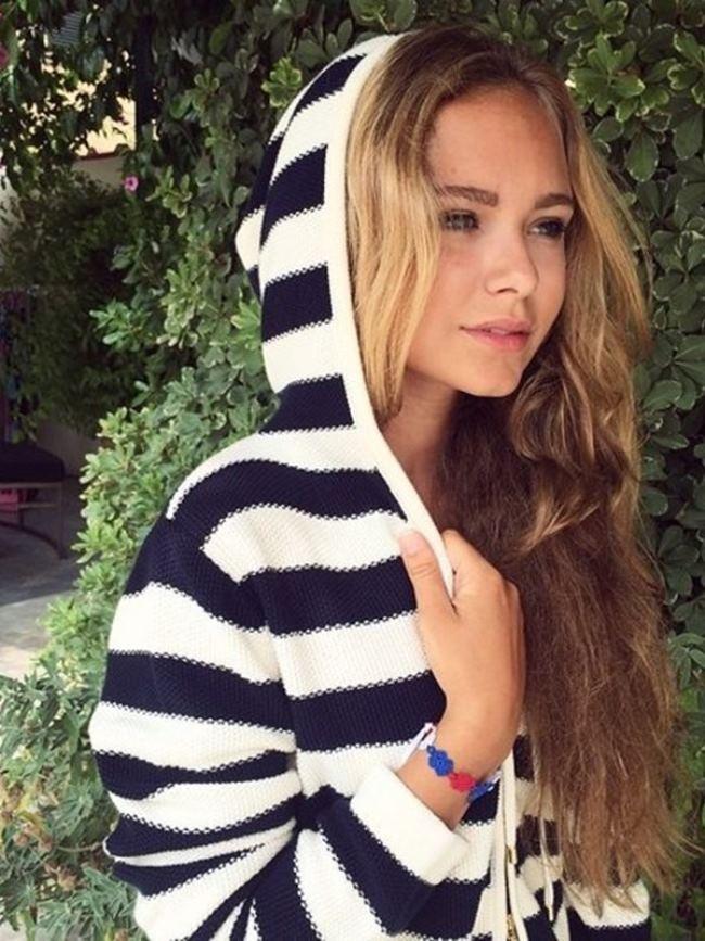 Stefaniya Malikova – fashionable girl