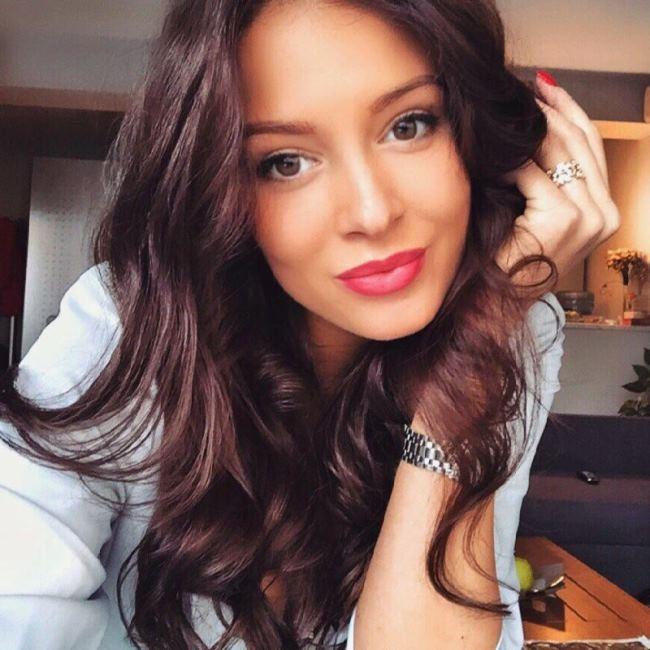Sofia Nikitchuk – Miss Russia 2015