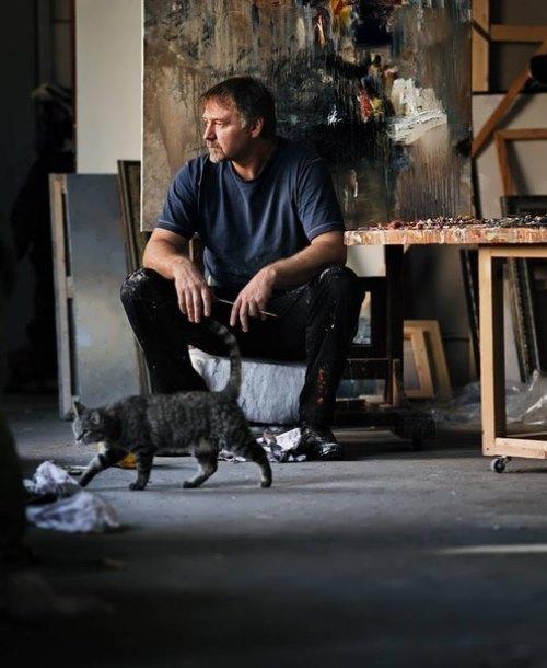 Russian painter Roman Lyapin