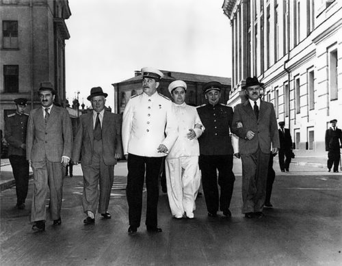 Mikoyan, Khrushchev, Stalin, Malenkov, Beria and Molotov after the Politburo meeting in the Kremlin in 1946