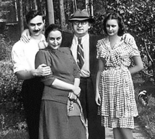 Beria and his family