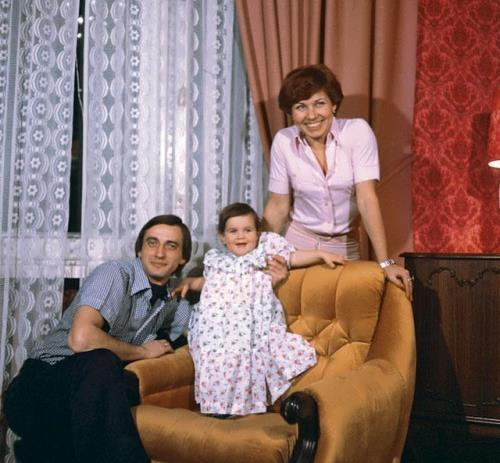 Lyudmila, Alexander and their daughter