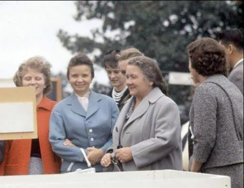 Simple Soviet First Lady nina kukharchuk