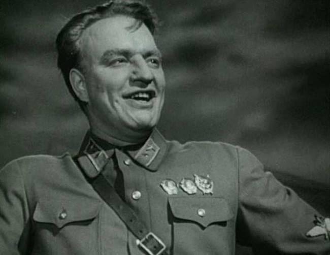 Vadimir Belokurov in the role of Chkalov
