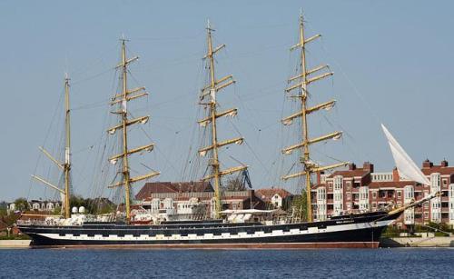Four-masted barque Kruzenshtern
